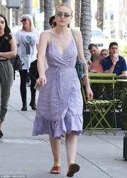 Dakota Fanning Out in Los Angeles - 4/21/18