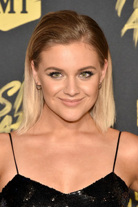 Kelsea Ballerini - 2018 CMT Music Awards in Nashville 6/6/18