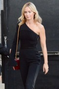 Emily Blunt - Arriving at Jimmy Kimmel Live in Hollywood 11/14/18