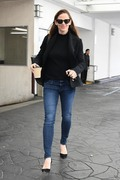 Jennifer Garner - Out for lunch in Beverly Hills 2/27/18