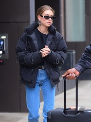 Hailey Baldwin - Out in NYC 12/2/18