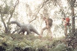 Динозавр: Тайна затерянного мира / Baby: Secret of the Lost Legend/ (1985) Шон Янг 0e1207859595094