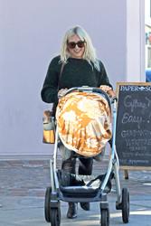 Hilary Duff - Shopping in LA 12/13/18