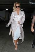 Khloe Kardashian - Out for lunch in LA 2/7/18