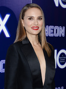 Natalie Portman - Premiere of Neon's 'Vox Lux' in Hollywood 12/5/2018 9ed90d1054321044