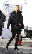 Karlie Kloss - On set of a photoshoot in NYC 12/10/18