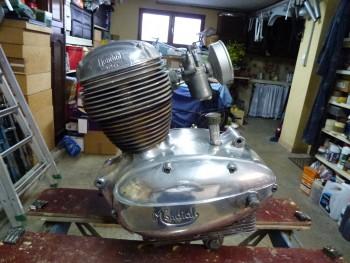 Restauration MONDIAL 125cc Champion Lusso. 7211f2683878493