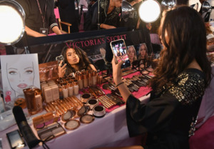 Kelly Gale - 2018 Victoria's Secret Fashion Show in NYC 11/8/2018 d19cd11026204024