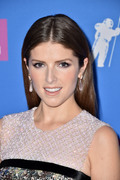 Анна Кендрик (Anna Kendrick) MTV Video Music Awards, 20.08.2018 - 90xHQ De09c7955982124