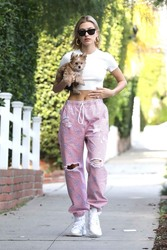 Hailey Baldwin - Out in West Hollywood 1/24/19