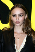 Lily-Rose Depp - Page 3 D630f91098651804