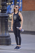Alison Brie going to the gym in NYC 06/19/201892ca70899232374