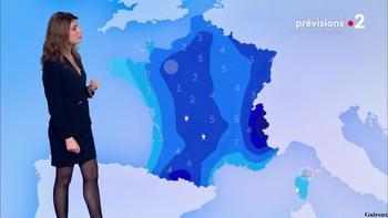 Chloé Nabédian - Novembre 2018 - Page 2 C406211044858734