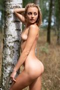 http://thumbs2.imagebam.com/0d/f8/c9/446a451016794414.jpg