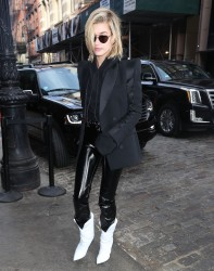 Hailey Baldwin - Out in NYC 2/12/18