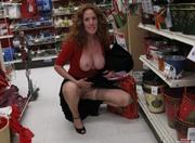 Sexy-And-Slutty-Housewifes-q6t9bqw7ys.jpg