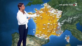 Chloé Nabédian - Août 2018 5dcfd8947338334
