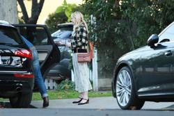 Kirsten Dunst - Out in LA 12/25/18