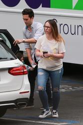 Jennifer Love Hewitt - Out in Santa Monica 6/6/2018 30aa4b887898214