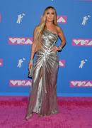 Дженнифер Лопез (Jennifer Lopez) MTV Video Music Awards, 20.08.2018 (95xHQ) Edc9c6955995424