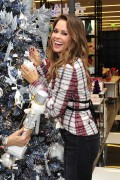 Brooke Burke -                    Bloomingdale's Home Store Century City November 7th 2017.