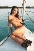 http://thumbs2.imagebam.com/16/f5/cf/147b90648465063.jpg