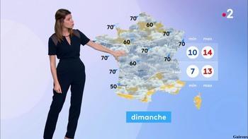 Chloé Nabédian - Novembre 2018 - Page 2 Fc5cd11048551744