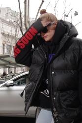 Hailey Baldwin - Arriving at her hotel in Milan 2/23/18
