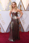 Дженнифер Лоуренс (Jennifer Lawrence) 90th Annual Academy Awards at Hollywood & Highland Center in Hollywood, 04.03.2018 - 85xHQ A56a67880707454