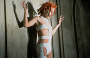 Пятый элемент / The Fifth Element (Мила Йовович, Брюс Уиллис) (1997) F0d14b954356594