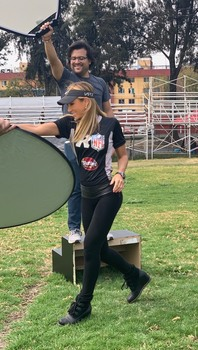Ines Sainz in leggins with the superbowl fever