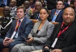 Rihanna - Visiting Dakar 2/2/18