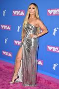 Дженнифер Лопез (Jennifer Lopez) MTV Video Music Awards, 20.08.2018 (95xHQ) D60c2b955994594