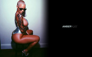 Amber Rose : Hot Wallpapers x 5