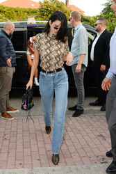 Kendall Jenner - Out in Milan 9/20/2018 6a458a981300164