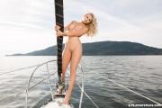 http://thumbs2.imagebam.com/25/e9/d3/bcc226648464823.jpg