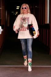 Gwen Stefani - Out in Beverly Hills 1/23/19