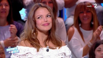 Séverine Ferrer - Septembre 2018 C2ed61978309614