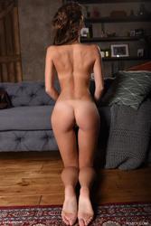 http://thumbs2.imagebam.com/27/be/f5/8bfe71923411144.jpg