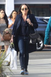 Patricia Heaton shopping in Beverly Hills 1-15-18