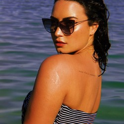 Demi Lovato - Random Photoshoot For Diff Eyewear 20189fac1e850635004
