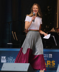 Melissa Benoist - United Airlines Presents: #StarsInTheAlley Produced By The Broadway League in NYC 6/1/18