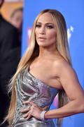 Дженнифер Лопез (Jennifer Lopez) MTV Video Music Awards, 20.08.2018 (95xHQ) 0883ae955994154