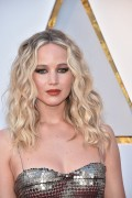 Дженнифер Лоуренс (Jennifer Lawrence) 90th Annual Academy Awards at Hollywood & Highland Center in Hollywood, 04.03.2018 - 85xHQ Af3c6f880704654
