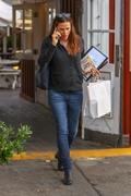 Jennifer Garner - Shopping in Brentwood 12/10/18