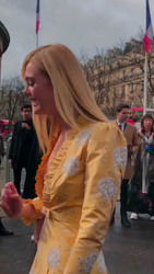 Elle Fanning Greeting Fans in Paris - 3/5/19 Twitter Video
