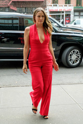 Alicia Silverstone - Out in NYC 7/31/18