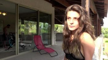 Vanessa (Vanessa, 19ans, de Bordeaux : trio avec DP s'il vous plait / 31.08.2018) 1080p