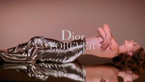 Natalie Portman - Dior Forever Video (2019)