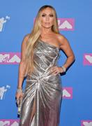 Дженнифер Лопез (Jennifer Lopez) MTV Video Music Awards, 20.08.2018 (95xHQ) D13b32955995374